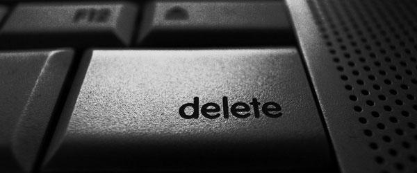 Où se trouve la touche supprimer sur un clavier mac ?